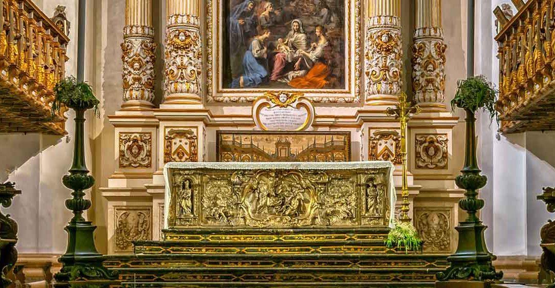 Priesthood-Altar-Mass